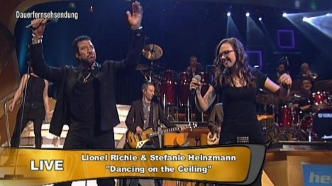 Lionel Richie und Stefanie Heinzmann - Dancing On The Ceiling