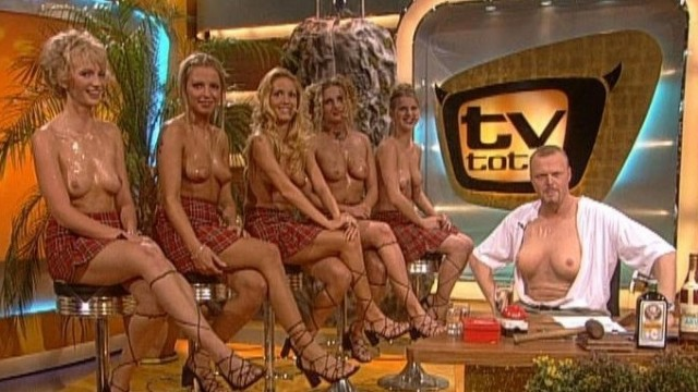 winzige kaum rechtliche nude girls