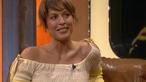 Jule Gölsdorf - TV total - Ganze Folgen auf MySpass.de
