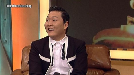 Superstar PSY im Talk