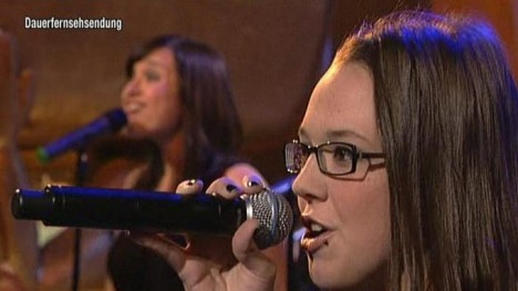 Stefanie Heinzmann live: Roots To Grow