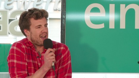 Luke Mockridge: Grippostad-Party im Waschsalon