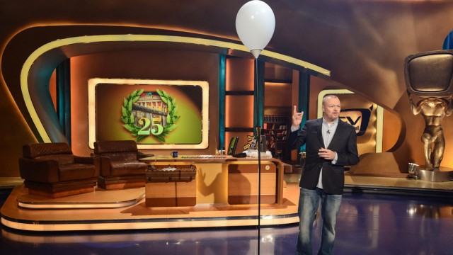 Tv Total Jahre Mauerfall Jetzt Kostenlos Streamen Bei Myspass De