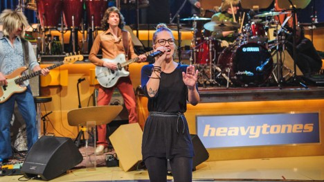 Stefanie Heinzmann: Superstition